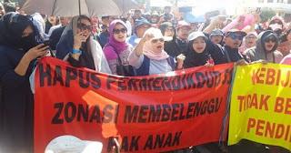 Inilah Kebijakan Mendikbud Paling Aneh Sejak Indonesia Merdeka