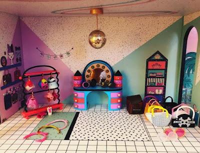 Одежда L.O.L. Surprise в кукольном домике MGA
