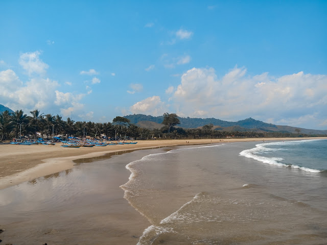 destinasi pantai banyuwangi yaitu pantai mustika