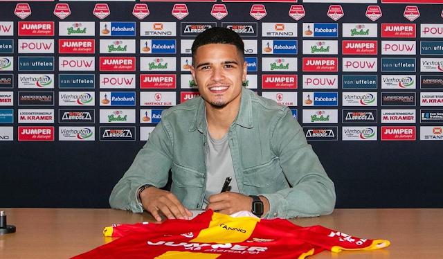 Ragnar Oratmangoen Merumput di  Eredivisie 2021-2022 Bersama Go Ahead Eagles.lelemuku.com.jpg