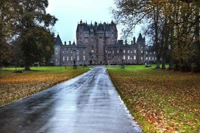 Castello di Glamis vicino Forfar - Angus, Aberdeenshire, Scozia, Regno Unito.