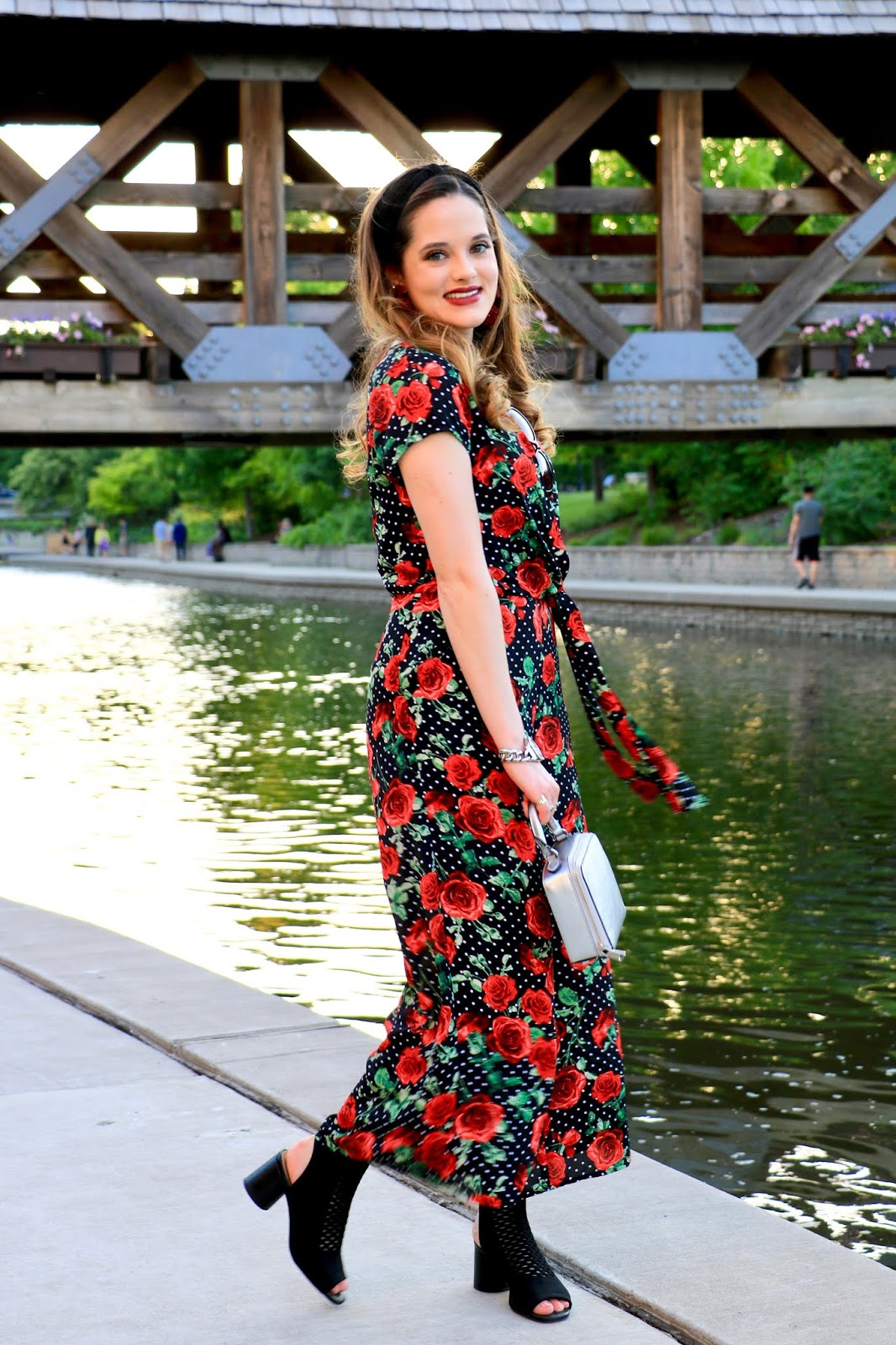Nyc fashion blogger Kathleen Harper wearing a rose jumpsuit from Sears