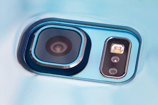 Make your an old phone into a security camera in just 3 steps