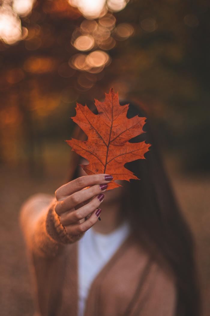 faceless autumn photo