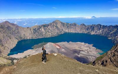 Summit Mount Rinjani 3000 meter