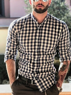3 # DON'T UNDERSTAND THE POWER OF DETAILS:,2 # DRESS UP ACCORDING TO THE OCCASION:,1 # PAY ATTENTION TO THE FALL OF THE PIECES:,17 MEN'S FASHION TIPS TO DRESS BETTER, 17 Men's Fashion Tips To Dress Better - Teaching Men's Lifestyle