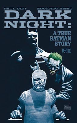 Vous connaissez tous Paul Dini, célèbre scénariste de la plus belle adaptation animée de Batman, Batman: the animated series dans les années 90 mais aussi de la version papier du personnage.  Mais vous ne saviez peut être pas que Batman lui a vraiment sauvé la vie!! Et oui car en 1993 monsieur Dini s'est fait sauvagement attaquer dans la rue et l'on gravement blesser. Il a dut subir plusieurs opérations chirurgicales au niveau du visage le laissant dans son lit d'hôpital et ce qui lui a permit de lutter dans ce terrible moment et bien ce fut Batman. Maintenant Paul dini a décidé de conter ce triste moment de sa vie dans un roman graphique qui sortira au moi de juin. Dark Knight: a true Batman story sera illustré par Eduardo Risso et fera 121 pages.