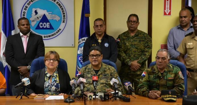 COE emite alertas para 18 provincias; ordena evacuaciones preventivas por huracán María
