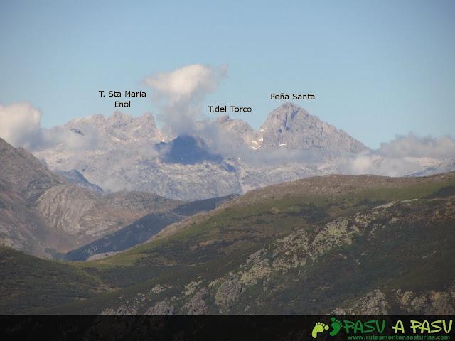 Vista del Macizo Occidental de Picos de Europa desde el Susarón