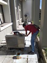 Pemeriksaan kondisi mesin AC/kompresor dan bahan pendingin/refrigerant/freon