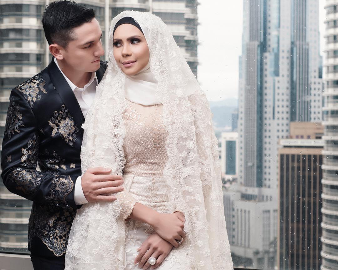 Sesi photographer ulang tahun ke-3 perkahwinan Che Ta, Zain (7 gambar HD)