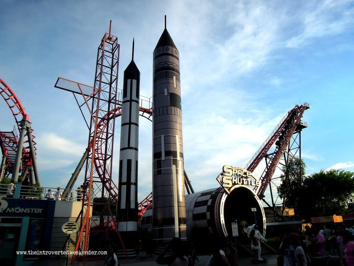 Space shuttle at Enchanted Kingdom