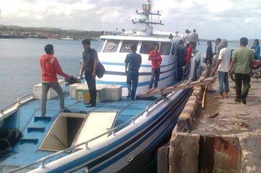 Kapal, Cepat ,KMP. Minanga Gasing 05, Selamatkan , 5, Orang ,Pemancing