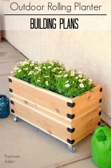 How to make a simple cedar outdoor rolling planter with free building plans