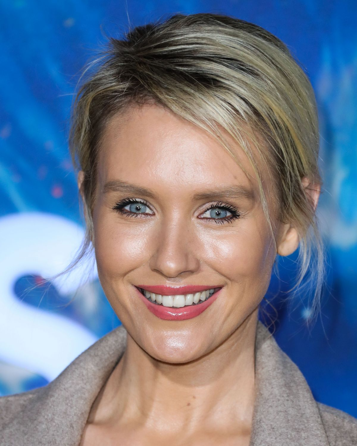 Nicky Whelan Clicks at Cosmos: Possible Worlds Premiere in