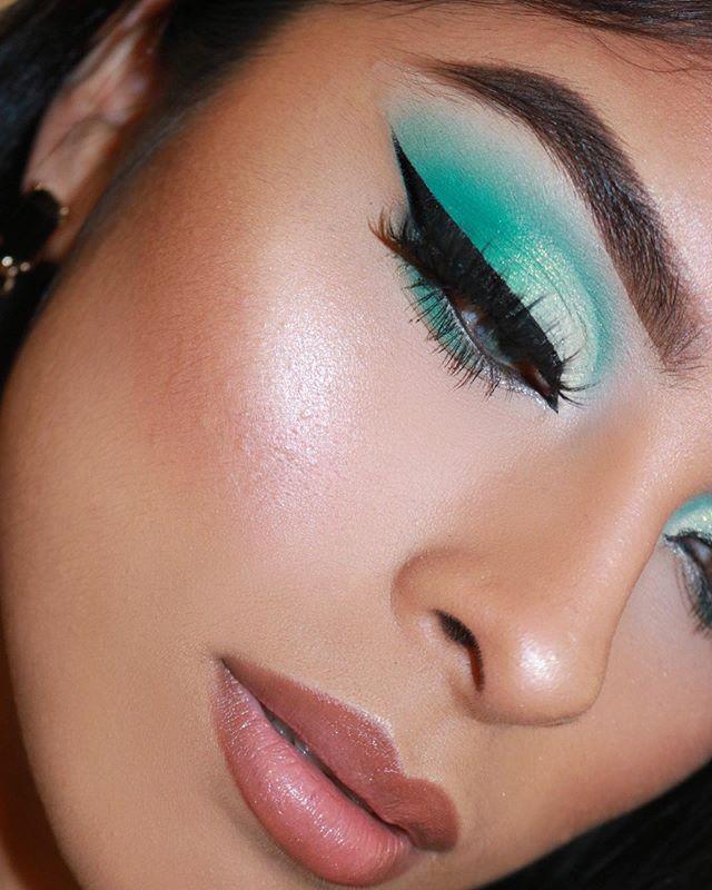 Maquiagem verde menta pastel