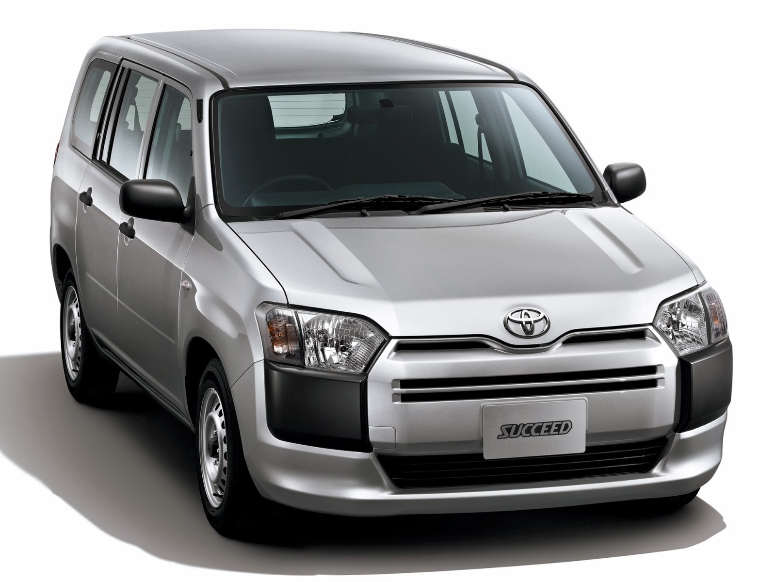 37e8c8e59362 2014 Toyota Probox and Succeed – Updated practicality   AUTO REVIEW