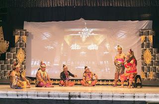 Mustikaning Senopati Majapahit Kolaborasi Budaya Seni Kethoprak BagHumas dan Wartawan Dalam Rangka Memperingati HPN 2018 Klaten