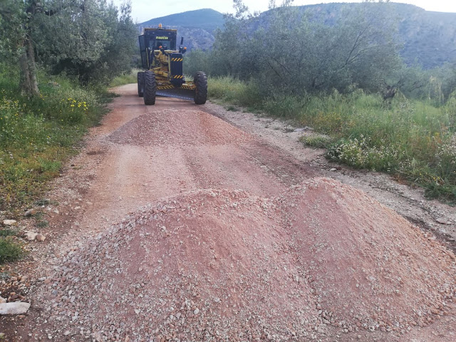 Έργα συντήρησης αγροτικής οδοποιίας από τον Δήμο Ναυπλιέων σε Άγιο Αντώνιο και Μαραθιά