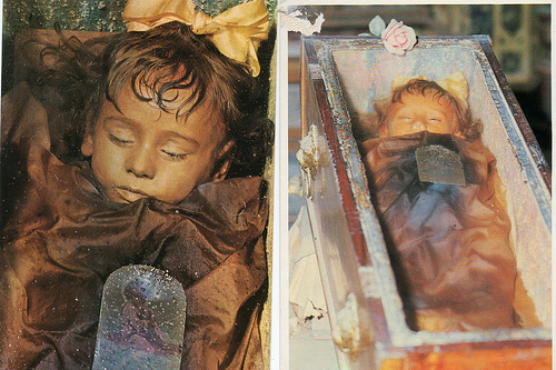 Photos: 2-Year-Old Who Died in Italy in 1920 Perfectly Preserved To This  Day And Still Looks Like She's Sleeping