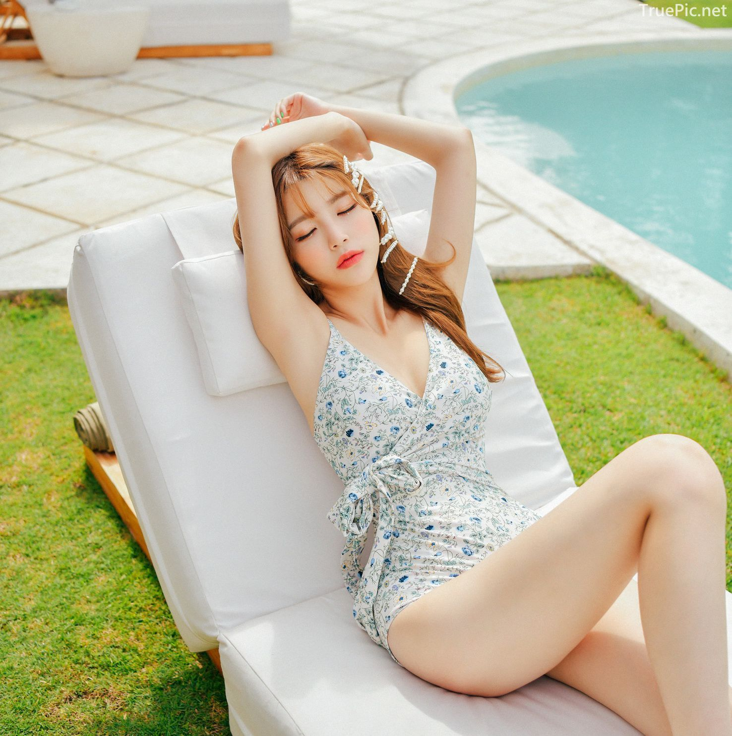 Korean fashion model - Cha Yoo Jin - Alium Ivory Monokini - Picture 6