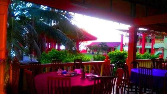 Casa Rasa Sayang Resort  ruang makan