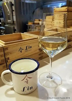 Lin Asian Bar wine