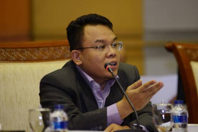 Anggota DPR Sesalkan Ada Perusahaan Asing Larang Shalat Jumat