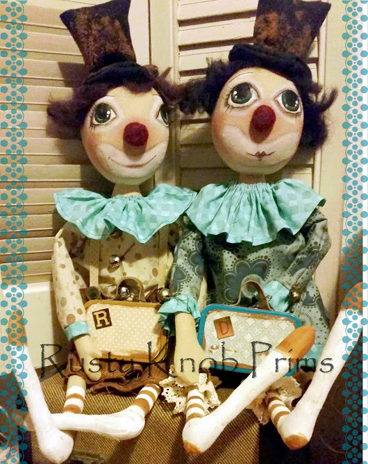Clowing Around with Ronnie and DeeDee Prim Collector Dolls