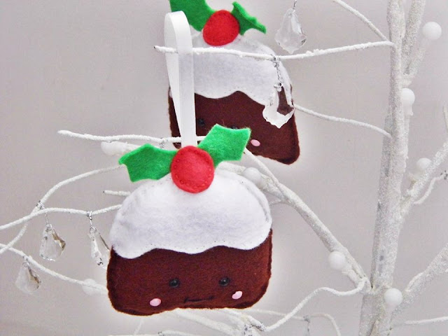 Sew Kidding felt Christmas Puddings