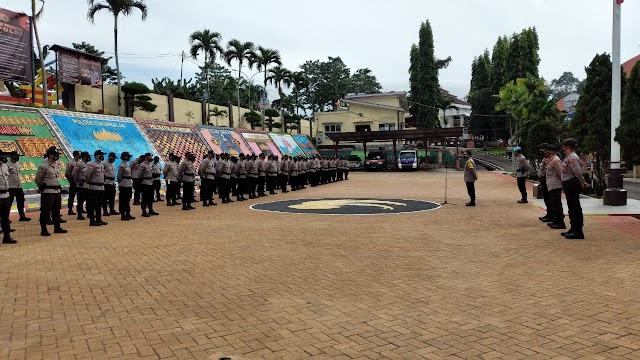 Polres Tanggamus Lepas 100 Personel Pengamanan BKO Pilkakon Pringsewu