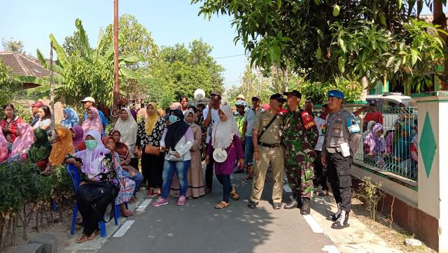Anggota Koramil Karangmalang Laksanakan Pengamanan Kampanye Pilkades