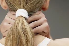 超簡單淋巴按摩術,搭配4穴位徹底排毒打擊臉腫腫