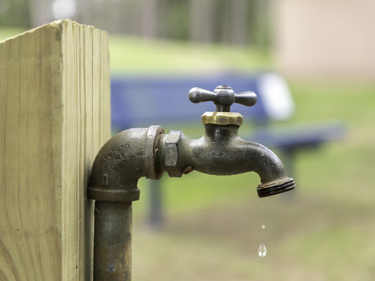 Plumbing in Sunny San Bernardino: When to Hire a Plumber