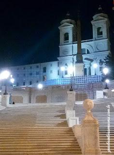 praca espanha noite guia brasileira - Praça de Espanha em Roma: arte e arquitetura Barroca