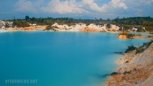 Danau Biru atau Kolam Biru Selakau timur lagi viral di Sambas Kalbar