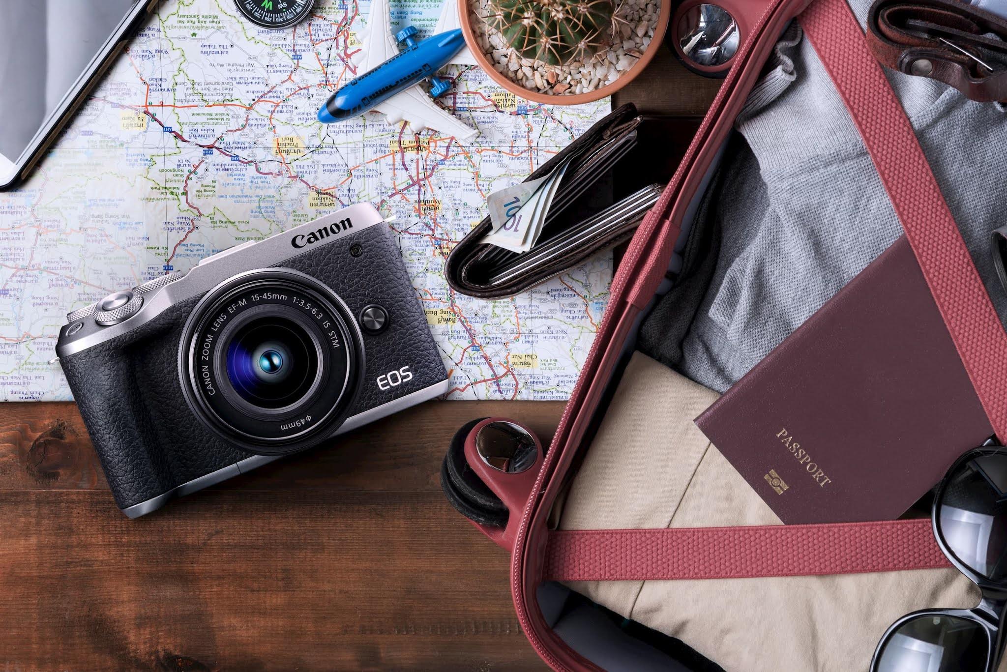 購買輕巧旅遊必備 EOS M6 Mark II 鏡組,即贈郵政禮券三千元。