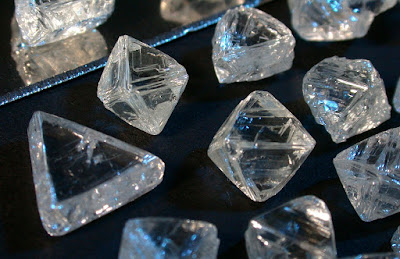 'Superdeep' Diamonds Provide New Insight Into Earth's Carbon Cycle