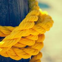 خلفية عالية الدقة حبل اصفر مربوط