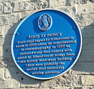 Placa conmemorativa Louis Le Prince en el puente de Leeds
