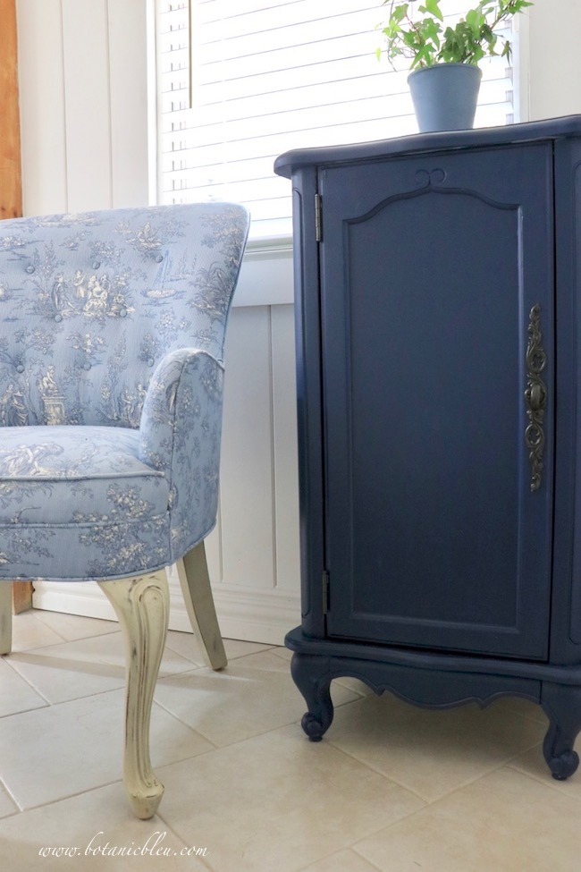 French Country Laundry ORC™ Reveal Blue Toile Chair with Navy French Design Floor Cabinet
