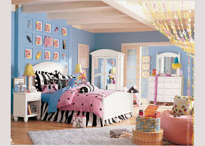 Bedroom Designs For Teenage Girls Games With Soft Color Blue Best for Your Son Image 003