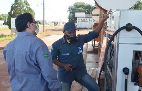Bombas de gasolina e balanças comerciais são reprovadas pelo Ipem