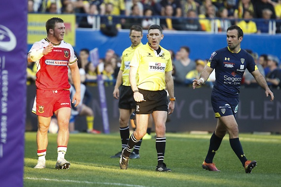Referee George Clancy and Alex Waller of Northampton and Morgan Parra of Clermont during the European Challenge Cup match between Clermont Ferrand and Northampton Saints