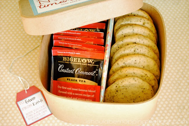 How to Have {& Give} a Time-Out for Mom with Bigelow Tea | Includes free printables and recipe for Constant Comment Shortbread Cookies