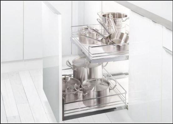 Phụ kiện tủ bếp inox 304 nên được ưu tiên lựa chọn sử dụng