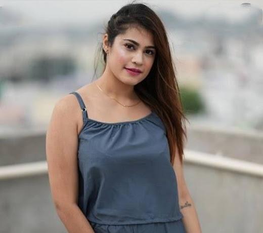 Kritika Malik (Youtuber & Tik Tok Star) -  MyTrendingStar.com