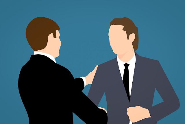 Berbicara dengan atasan cara agar pekerjaan tidak menjadi beban