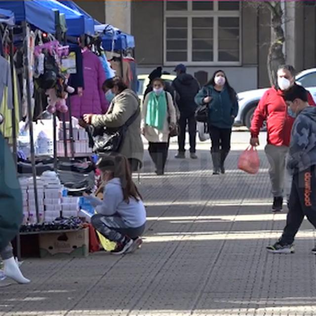 En plena vigencia decreto municipal que regula comercio ambulante en Cauquenes