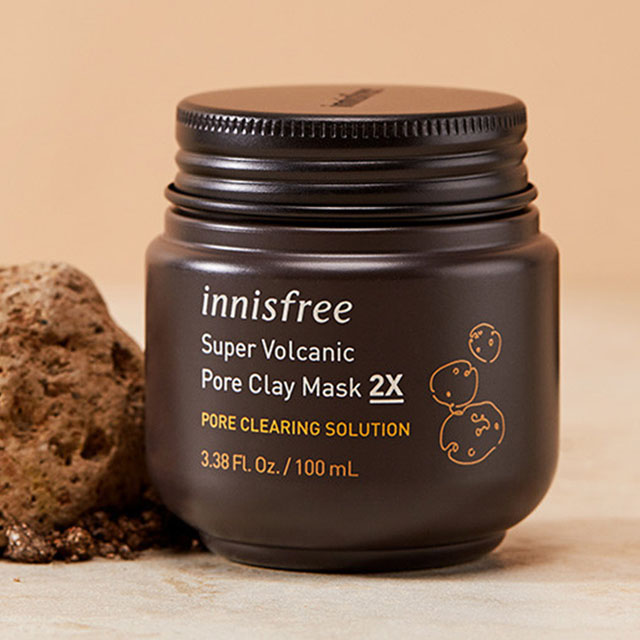 Super volcanic pore clay mask